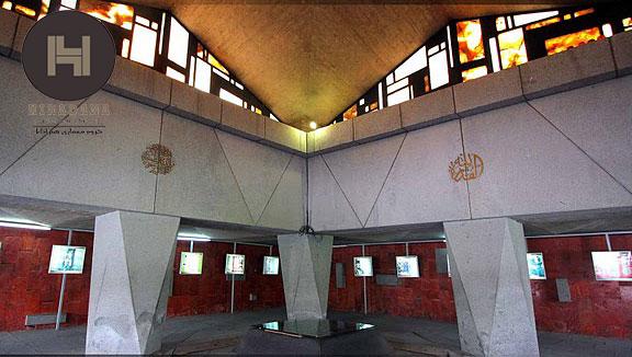 تالار آرامگاه نادرشاه افشار