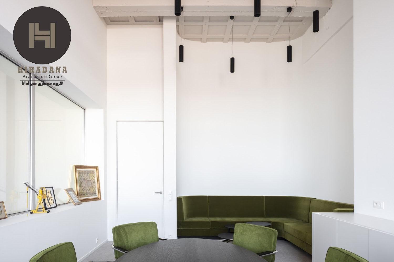 طراحی دکوراسیون اداری با پارتیشن چوبی