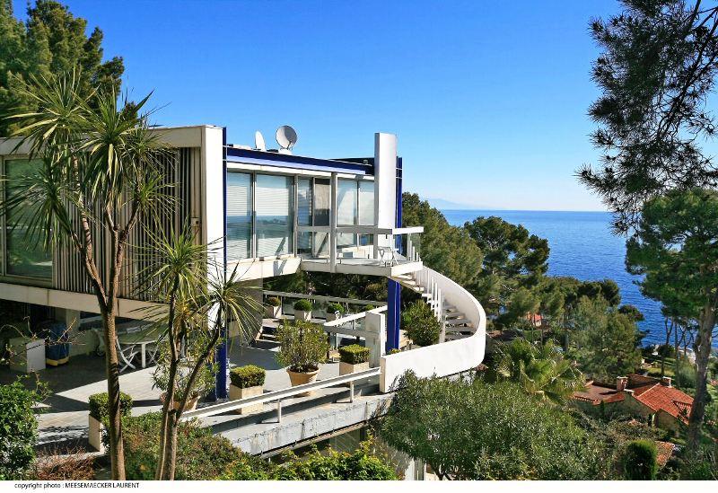 https://hiradana.com/administrator/files/UploadFile/villa-for-sale-cap-dantibes-view-175p.jpg
